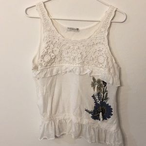 Tops - Farinelli white top with lace and print of flowers